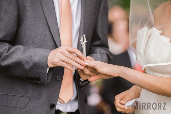 いつ結婚すると幸せになれる?結婚適齢期診断まとめ